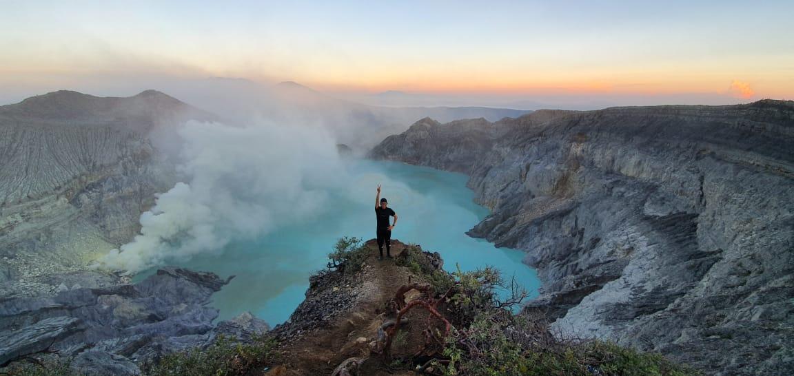 Bromo Ijen Papuma Tumpak Sewu Waterfall Tour 5 Days