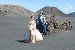 Mount Bromo Pre Wedding Photoshoot